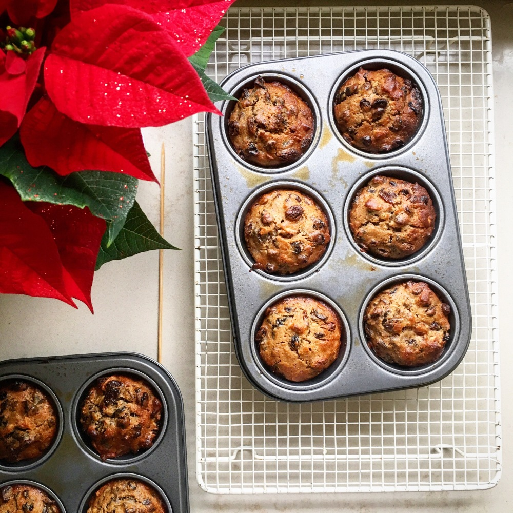 Mini Christmas Cakes With Spiced Rum & Almond Buttercream